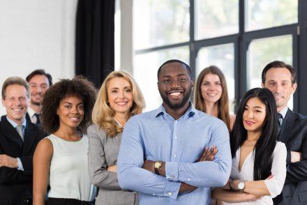 manager-equipe-multiculturelle